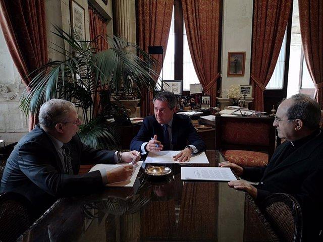 Arquebisbe alcalde i president de les confraries de Sevilla en reunió aquest dissabte