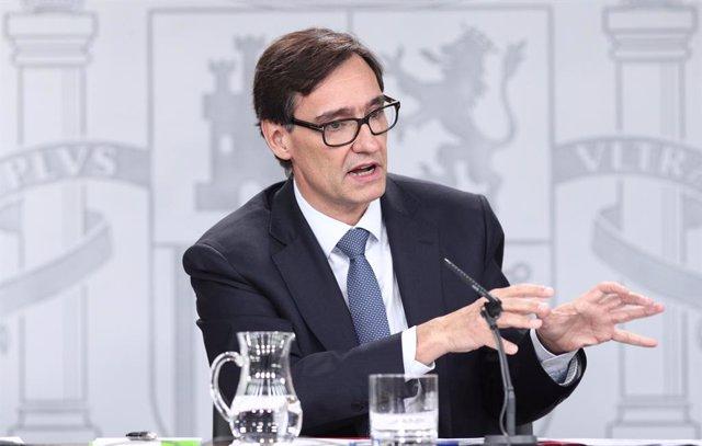 El ministro de Sanidad, Salvador Illa, durante la rueda de prensa ante los medios para informar sobre el coronavirus, en La Moncloa, Madrid (España), a 10 de marzo de 2020.
