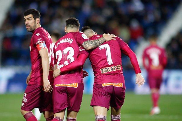 Fútbol.- El Alavés confirma dos positivos por coronavirus en su cuerpo técnico y