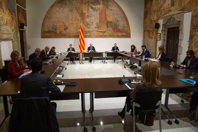 El president de la Generalitat, Quim Torra, presideix una reunió extraordinària del Consell Executiu el 12 de març
