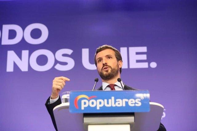 El presidente del Partido Popular, Pablo Casado, en una rueda de prensa tras la reunión del Comité de Dirección del PP donde han propuesto un plan de choque económico para parar el impacto del coronavirus. Madrid (España), a 9 de marzo de 2020.