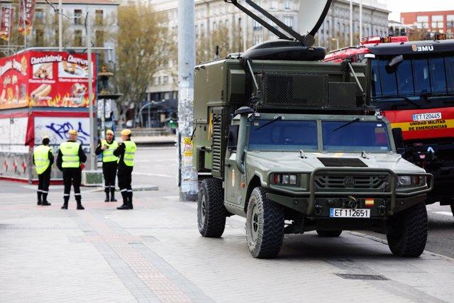 Militares de la UME se deslplegan en Madrid el 15 de marzo de 2020.