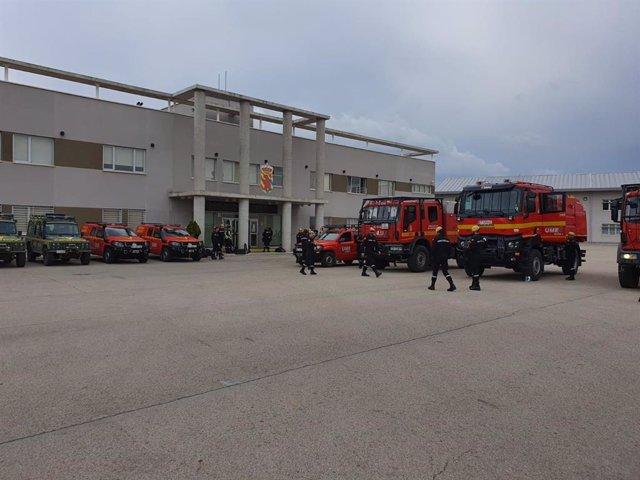 Militares de la Unidad Militar de Emergencias (UME) en la base de Torrejón de Ardoz (Madrid)