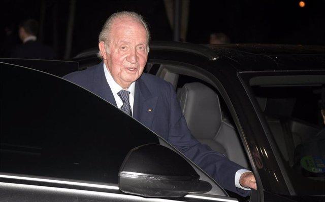Su Majestad el Rey emérito, Don Juan Carlos de Borbón, acuden al tanatorio para despedir a Plácido Arango en Madrid, a 17 de febrero de 2020.