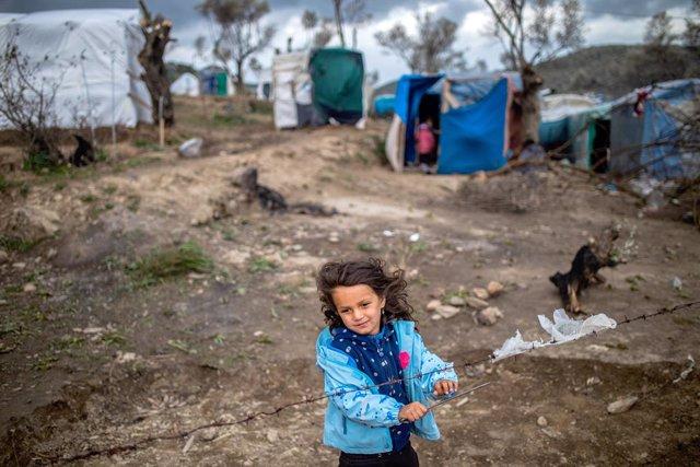 Coronavirus.- Grecia prohíbe las visitas a los campos de refugiados de las islas