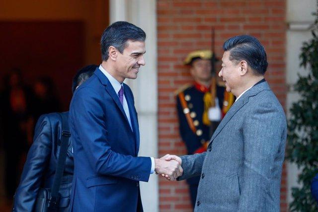 Coronavirus.- El presidente chino asegura a Sánchez que apoyará a España para co