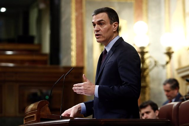 El presidente del Gobierno, Pedro Sánchez, durante su comparecencia este miércoles en el Congreso de los Diputados para explicar la declaración del estado de alarma y las medidas para paliar las consecuencias de la pandemia provocada por el coronavirus, e
