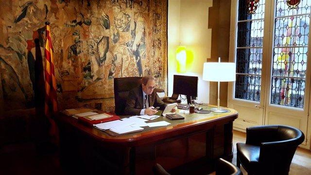 El president del Govern, Quim Torra, en la reunió del Consell Executiu per videoconferència des de la Casa dels Canonges en una imatge d'arxiu.