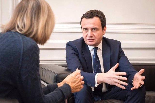 Kosovo.- Kurti cesa al ministro del Interior por sus diferencias sobre  el estad