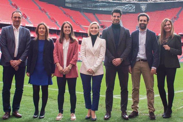 Fútbol.- Aplazado el Congreso de Liderazgo de la Mujer en el fútbol en Bilbao ha