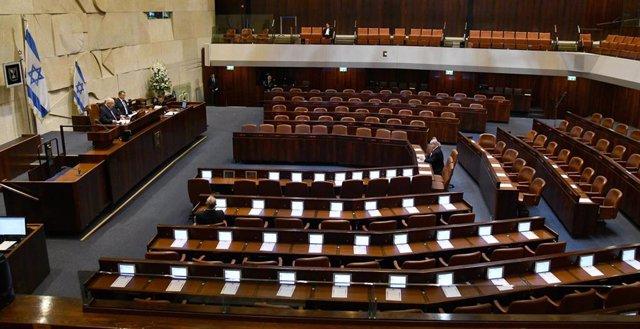 Israel.- El presidente del Parlamento cierra el pleno una semana entre las críti