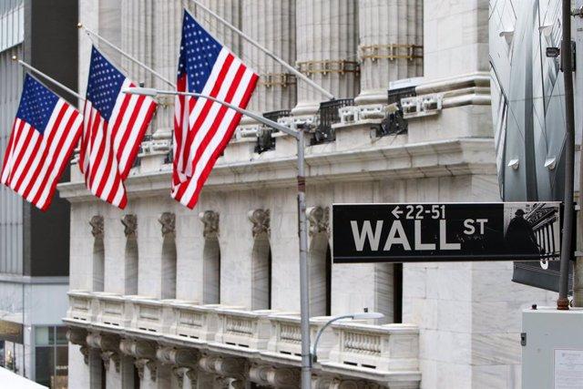EEUU.- Wall Street vuelve a suspender su actividad 15 minutos al caer el S&P 500