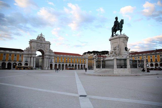 Coronavirus.- El Parlamento de Portugal aprueba declarar el estado de emergencia