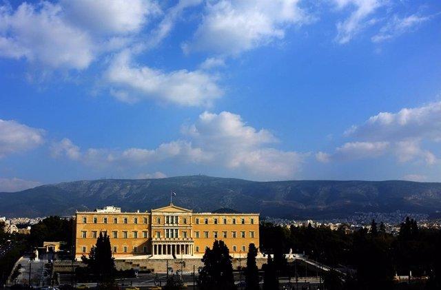 Coronavirus.- Grecia prohíbe las reuniones de más de diez personas como medida d
