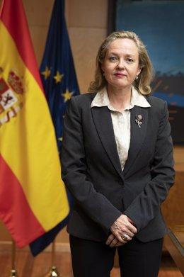 """Calviño dice que el mensaje de Felipe VI está """"perfectamente alineado"""" con el de"""