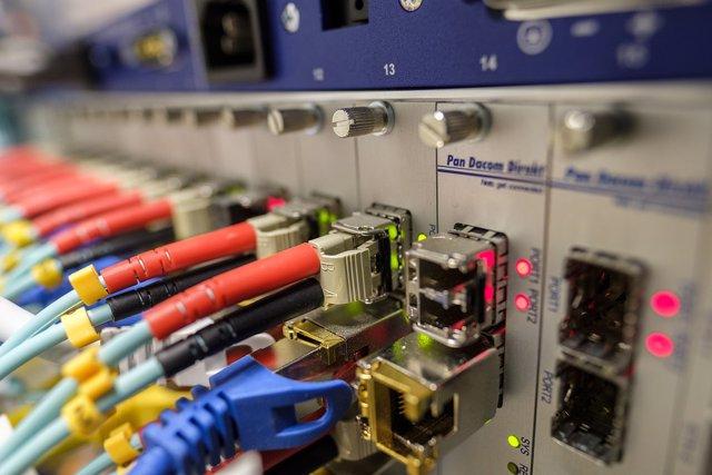 España, líder europeo en despliegue de fibra óptica por delante de Alemania, Fra
