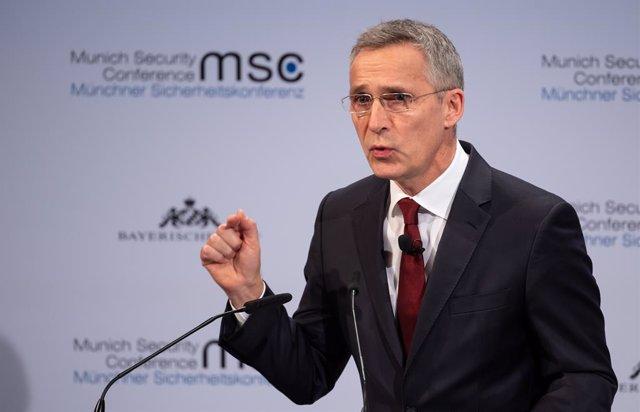 Afganistán.- La OTAN reducirá su presencia en Afganistán aunque mantendrá su mis