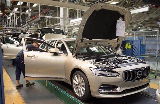 Economía/Motor.- Volvo Cars parará sus plantas en Suecia y Estados Unidos entre