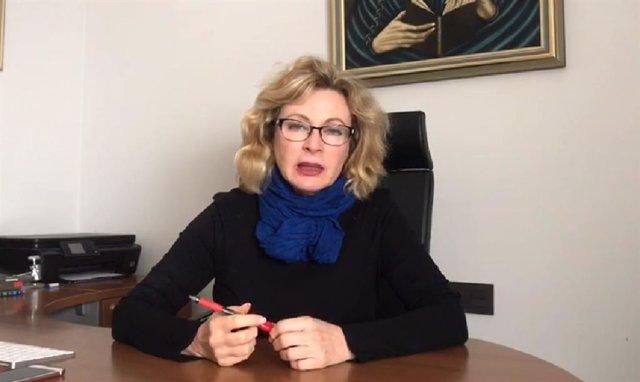 La delegada de Empleo de la Junta en Málaga, Carmen Sánchez, en un video para explicar medias por el coronavirus