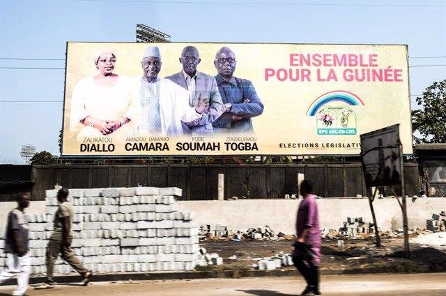 Guinea.- Guinea sufrirá cortes de Internet y móvil antes de su doble cita electo