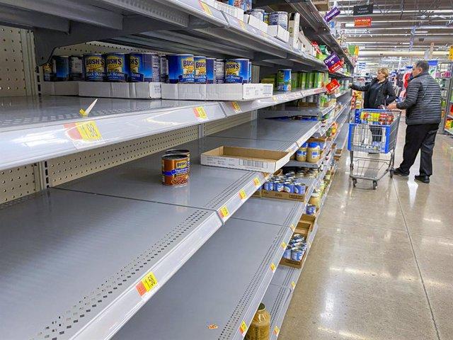 EEUU.- Walmart contratará a 150.000 trabajadores ante el coronavirus
