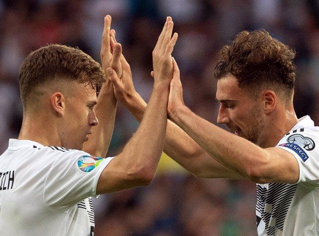 Fútbol.- Los alemanes Goretzka y Kimmich ponen en marcha un programa para combat