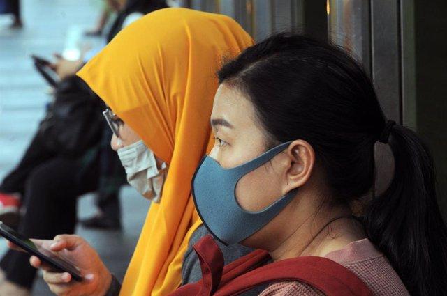 Coronavirus.- Yakarta declara el estado de emergencia en un intento de frenar la