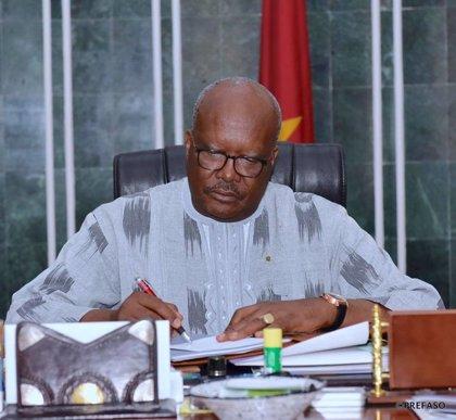 Coronavirus.- Burkina Faso cierra sus fronteras y un tercer ministro del país anuncia que tiene coronavirus