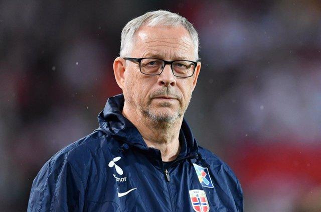 Fútbol.- La Federación Noruega y sus seleccionadores se bajan el sueldo un 20% p