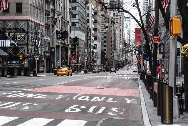 Coronavirus.- Los Ángeles y Nueva York terminan la fase de contención al suspend