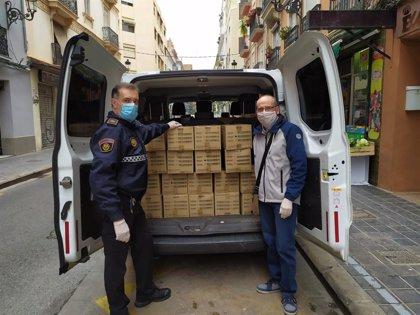 La Asociación José Martí dona a la sanidad valenciana 40.000 guantes de látex que iba a enviar a Cuba