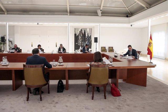 El president del Govern central, Pedro Sánchez, presideix el Comité de Gestión Técnica del Coronavirus a la Moncloa aquest dissabte