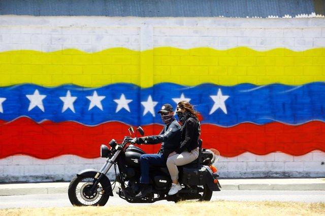 Venezuela.- Venezuela informa de 70 casos de coronavirus, todos importados