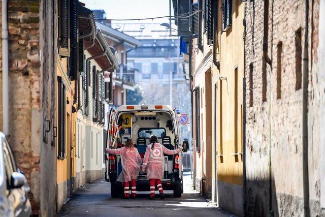 Una ambulància en Codogno, en el nord d'Itàlia.
