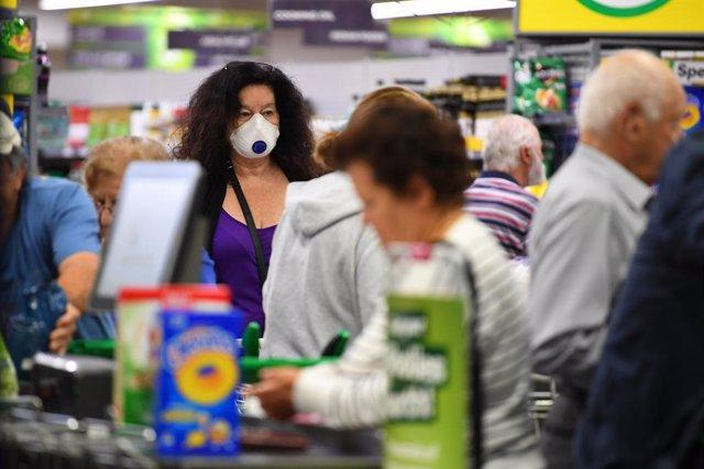 Coronavirus.- Australia restringe los viajes dentro del país y anuncia ayudas pa