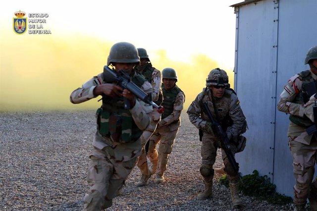 Militares españoles en la misión 'Inherent Resolve' en Irak