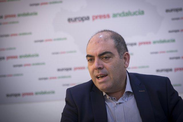Foto de archivo del presidente de ATA, Lorenzo Amor, durante una entrevista con Europa Press Andalucía