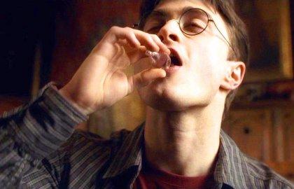 Daniel Radcliffe relata cómo Harry Potter le convirtió en alcohólico