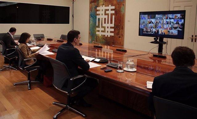 Videoconferencia del presidente del Gobierno, Pedro Sánchez, con los presidentes autonómicos