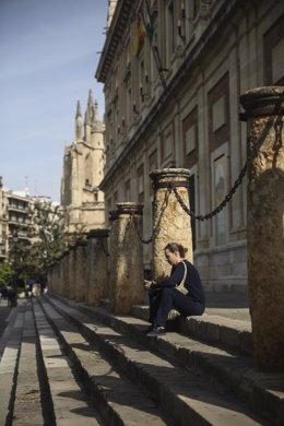 Baja afluencia de turismo en el entorno del centro histórico de la capital hispalense consecuencia del impacto del coronavirus, Covid-19, en el sector. En Sevilla, (Andalucía, España), a 12 de marzo de 2020.