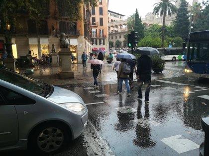 La Aemet activa el aviso amarillo por lluvias y tormentas este domingo en Mallorca