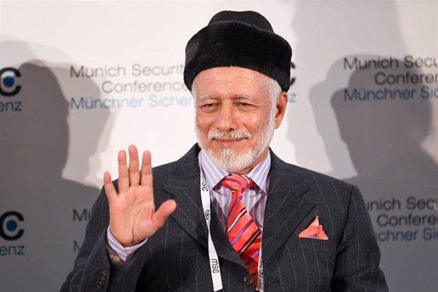 El ministro de Exteriores de Omán, Yusuf bin Alaui bin Abdulá