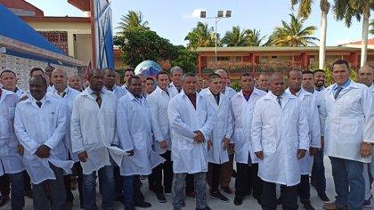 Cuba envía una brigada médica a Italia para combatir el coronavirus