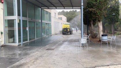 Diputación de Granada realiza trabajos de limpieza y desinfección en sus centros sociales
