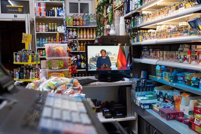 AMP.- Coronavirus.- Alemania prohíbe las reuniones de más de dos personas