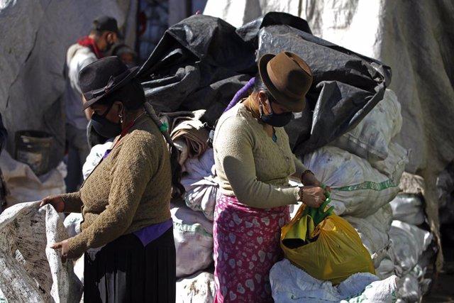 Coronavirus.- Quito restringe la entrada a sus mercados en función del número de