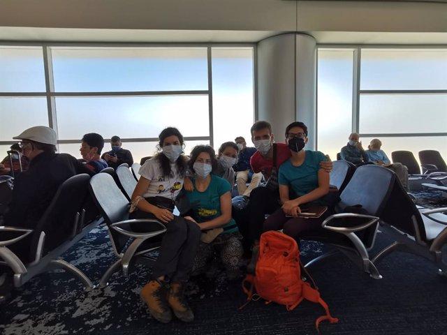 Coronavirus.- Las tres gallegas atrapadas en Ecuador aterrizan en Madrid tras vi
