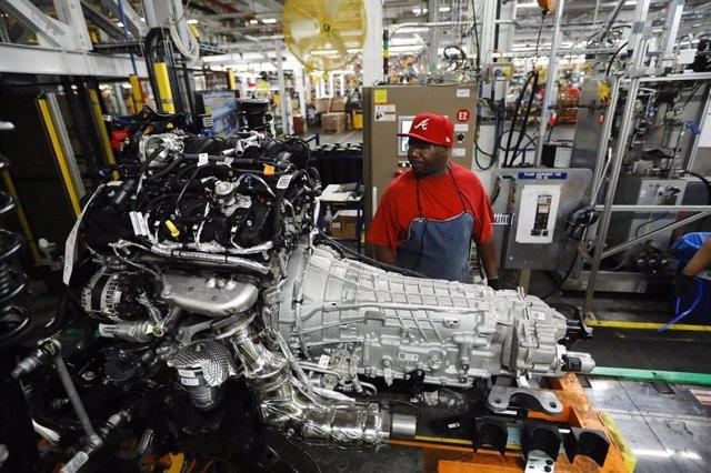 """Economía/Motor.- Ford cierra """"varias semanas"""" sus plantas de India, Sudáfrica, T"""