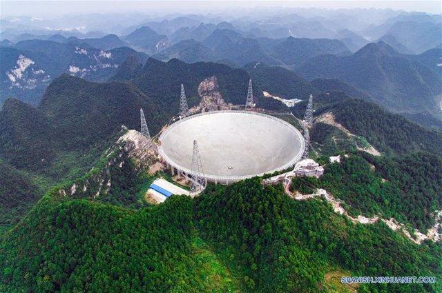 El telescopio chino FAST identifica 114 púlsares