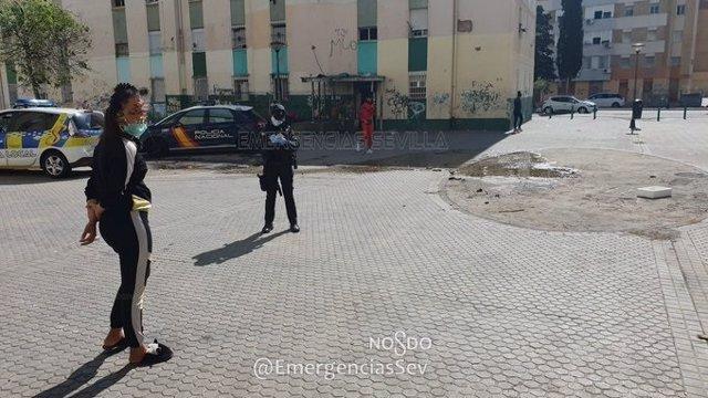 Controles policiales en el Polígono Sur